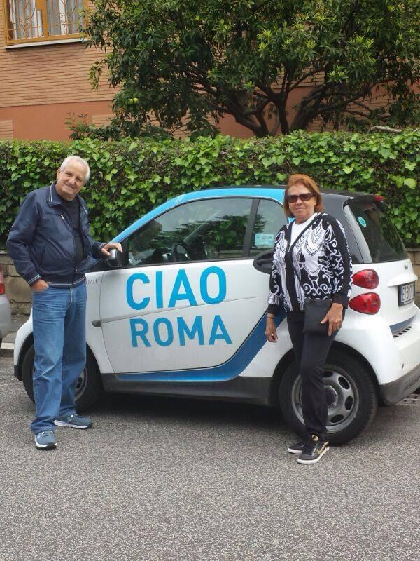 DE CARRO EM ROMA
