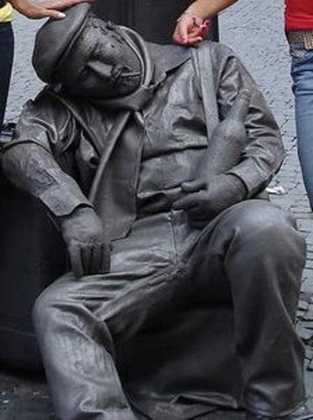 estátua viva