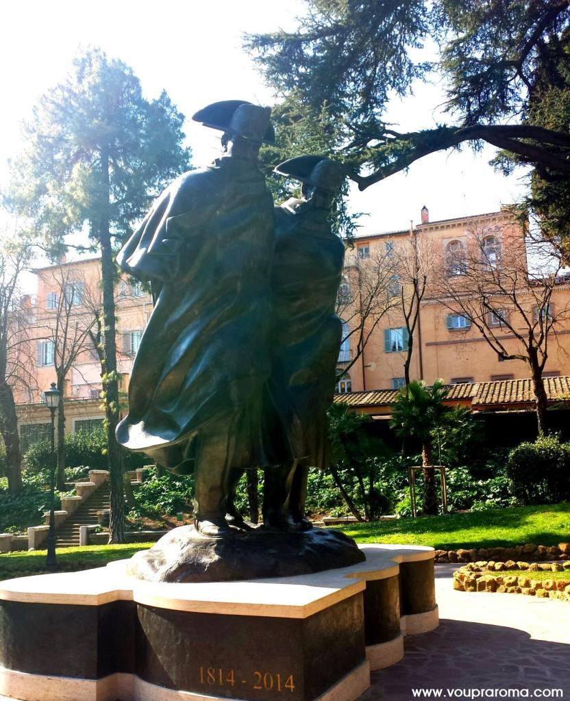 Estátua Bicentenário Fondazione dell'Arma dei Carabinieri