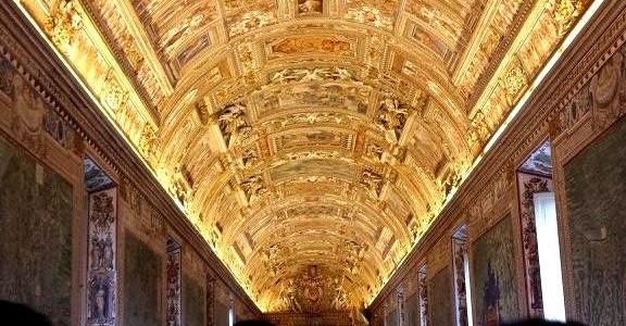 Museus do Vaticano visita noturna.