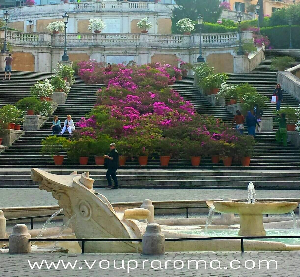 Piazza di Spagna - Flores na Escadaria - Blog VoupraRoma