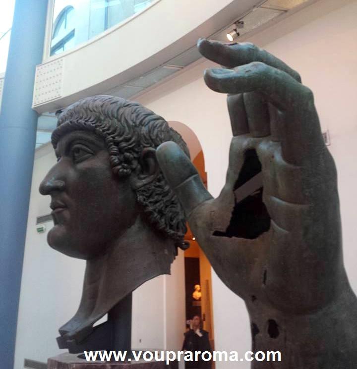 ESTÁTUA COLOSSAL DE CONSTANTINO - MUSEUS CAPITOLINOS - FOTO Ana Venticinque