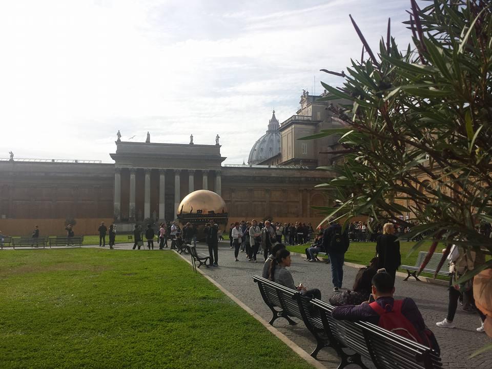 MUSEUS DO VATICANO JARDIM - FOTO Ana Venticinque
