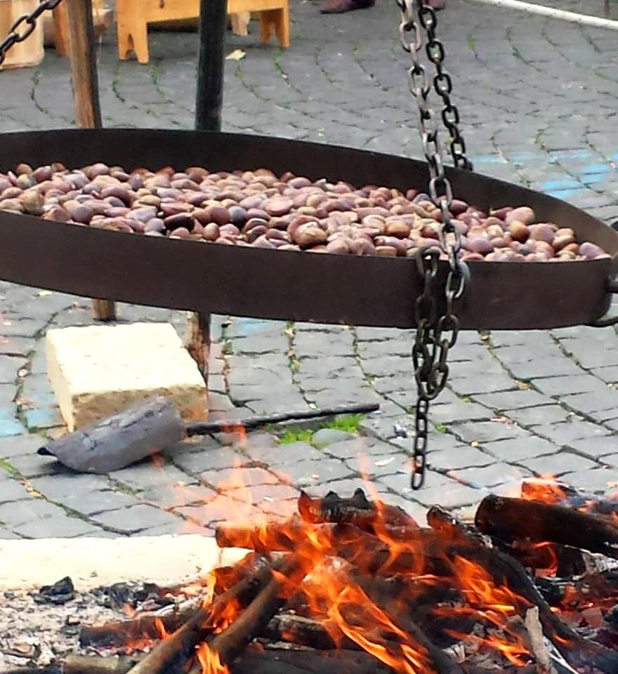 BRACCIANO - CASTANHAS NA BRASA - foto Ana Venticinque