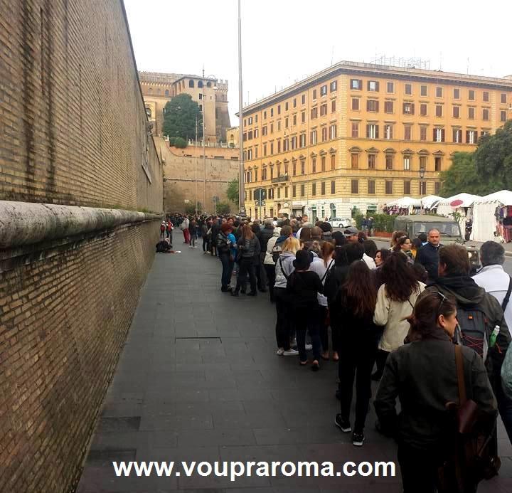 MUSEUS DO VATICANO - FILA foto Ana Venticinque
