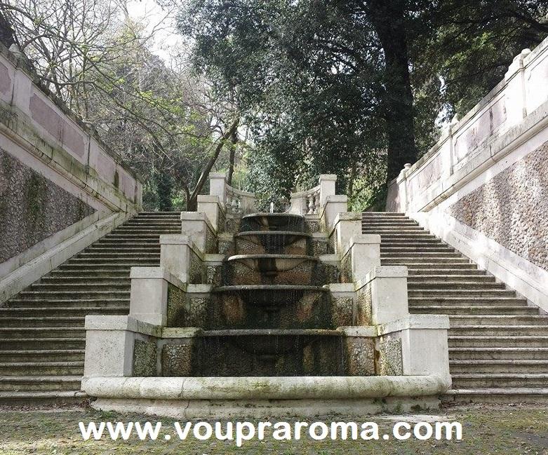 JARDIM BOTANICO ROMA - Scalinata delle undici fontane - foto Ana Venticinque