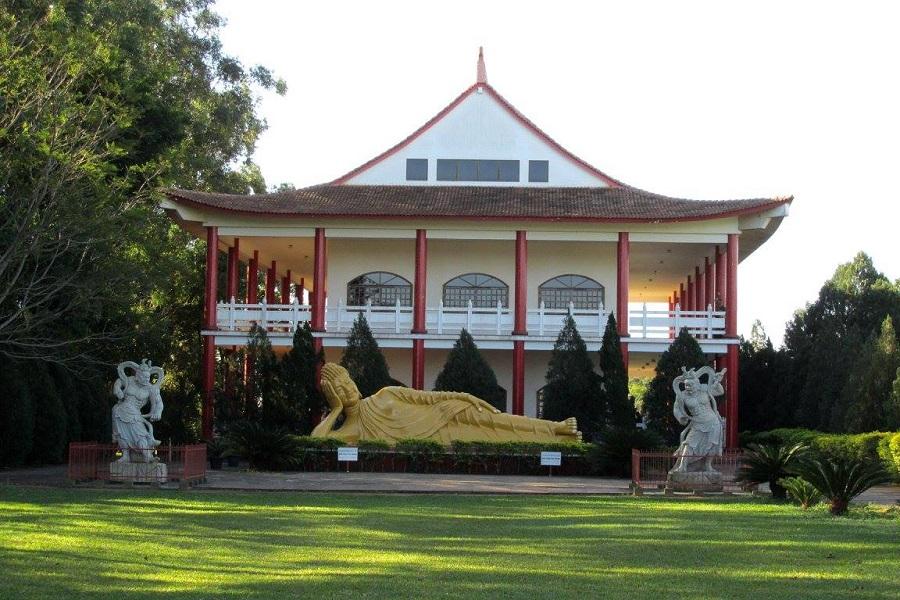 Templo Budista - Buda deitado