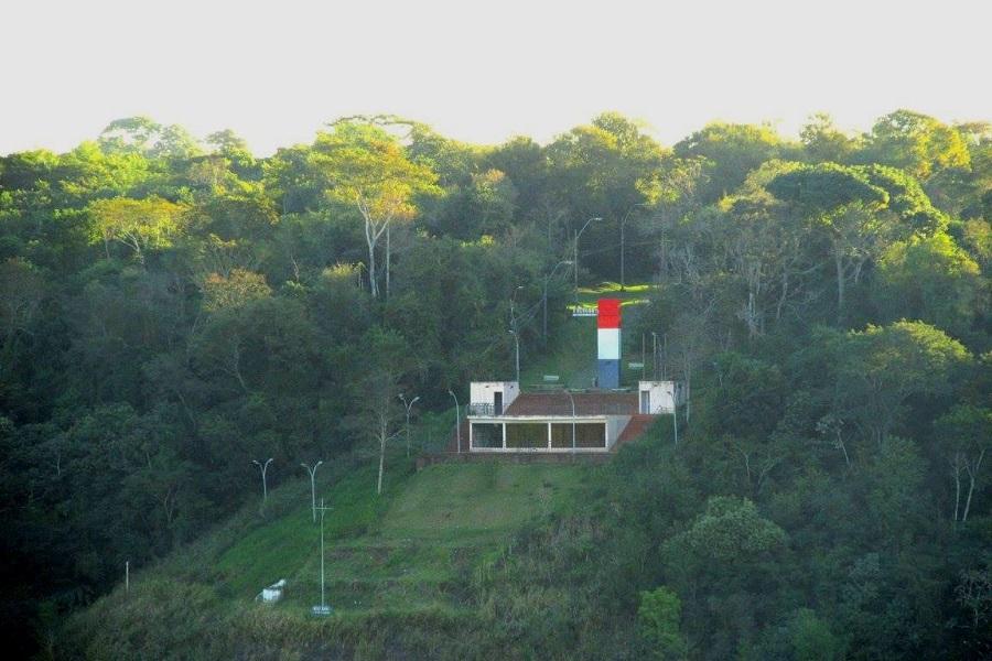 Marco do Paraguai - Três Fronteiras Foz do Iguaçu