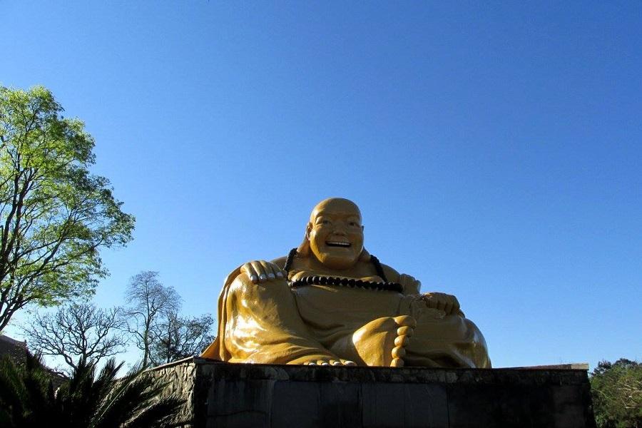 Buda Sorridente - Templo Budista Foz do Iguaçu - Blog VoupraRoma