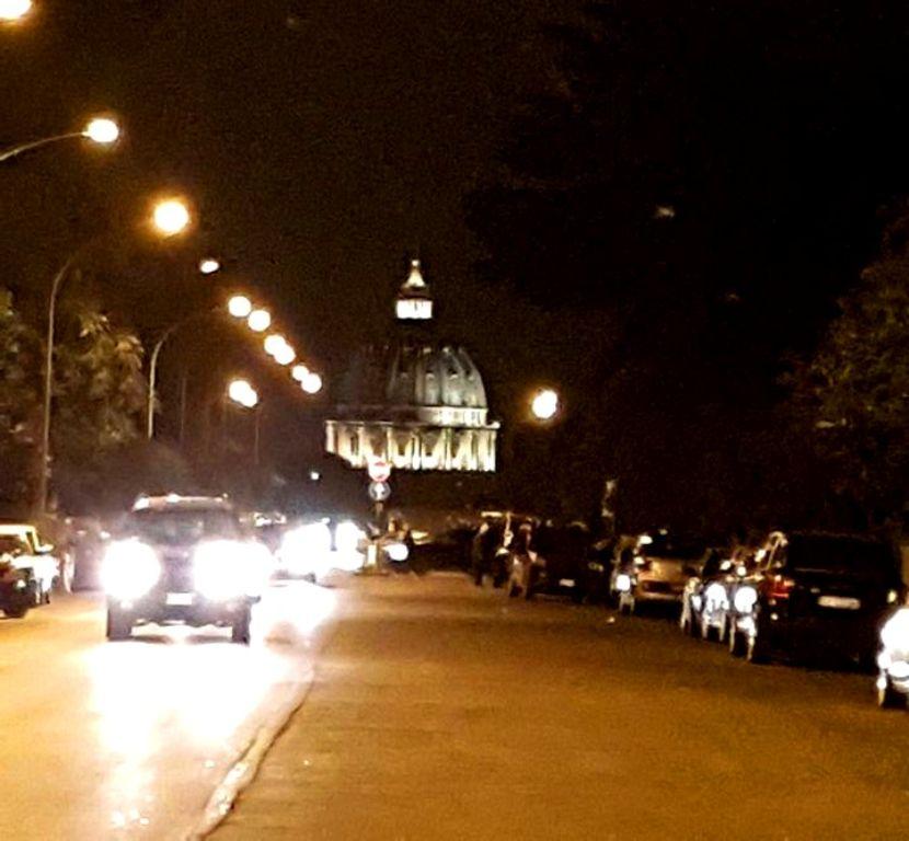 Ilusão ótica Cúpula de São Pedro em Roma - Blog VoupraRoma