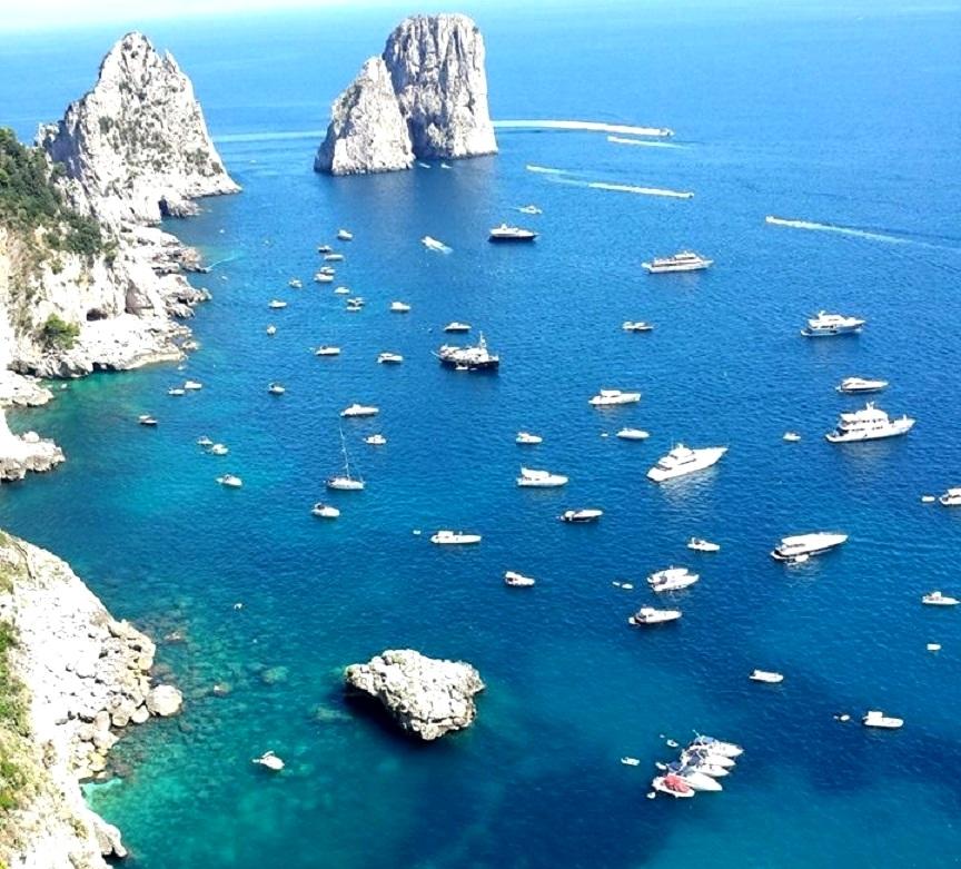 Ilha de Capri - Dicas de praias na Itália - blog Vou pra Roma