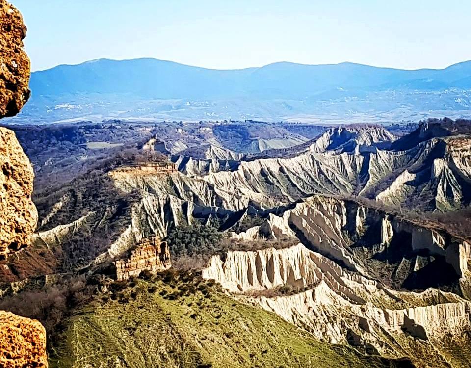 Civita di Bagnoregio vista do Valle dei Calanchi - Blog Vou pra Roma