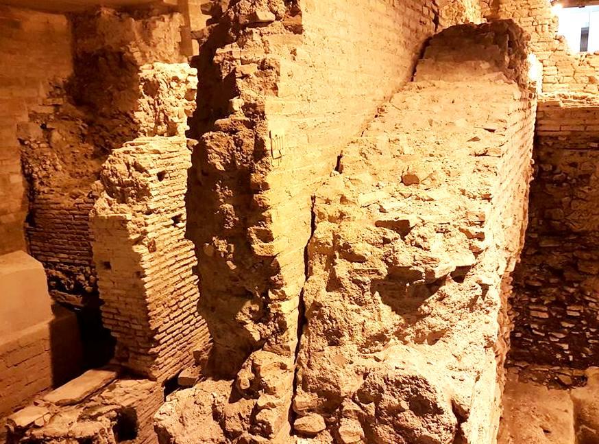 Subterrâneo Roma Trevi - Muro pós Nero - Blog Vou pra Roma