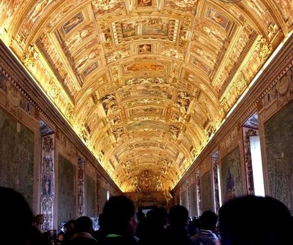 Verão em Roma - Museus do Vaticano visita noturna - Blog Vou pra Roma