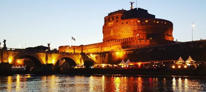 Passeio de Barco com jantar pelo Rio Tevere em Roma
