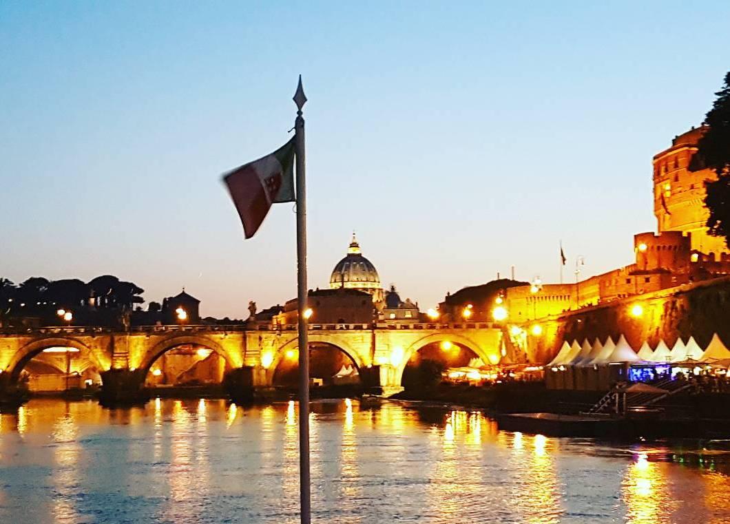 Passeio de Barco pelo Rio Tevere -Roma - Blog Vou pra Roma