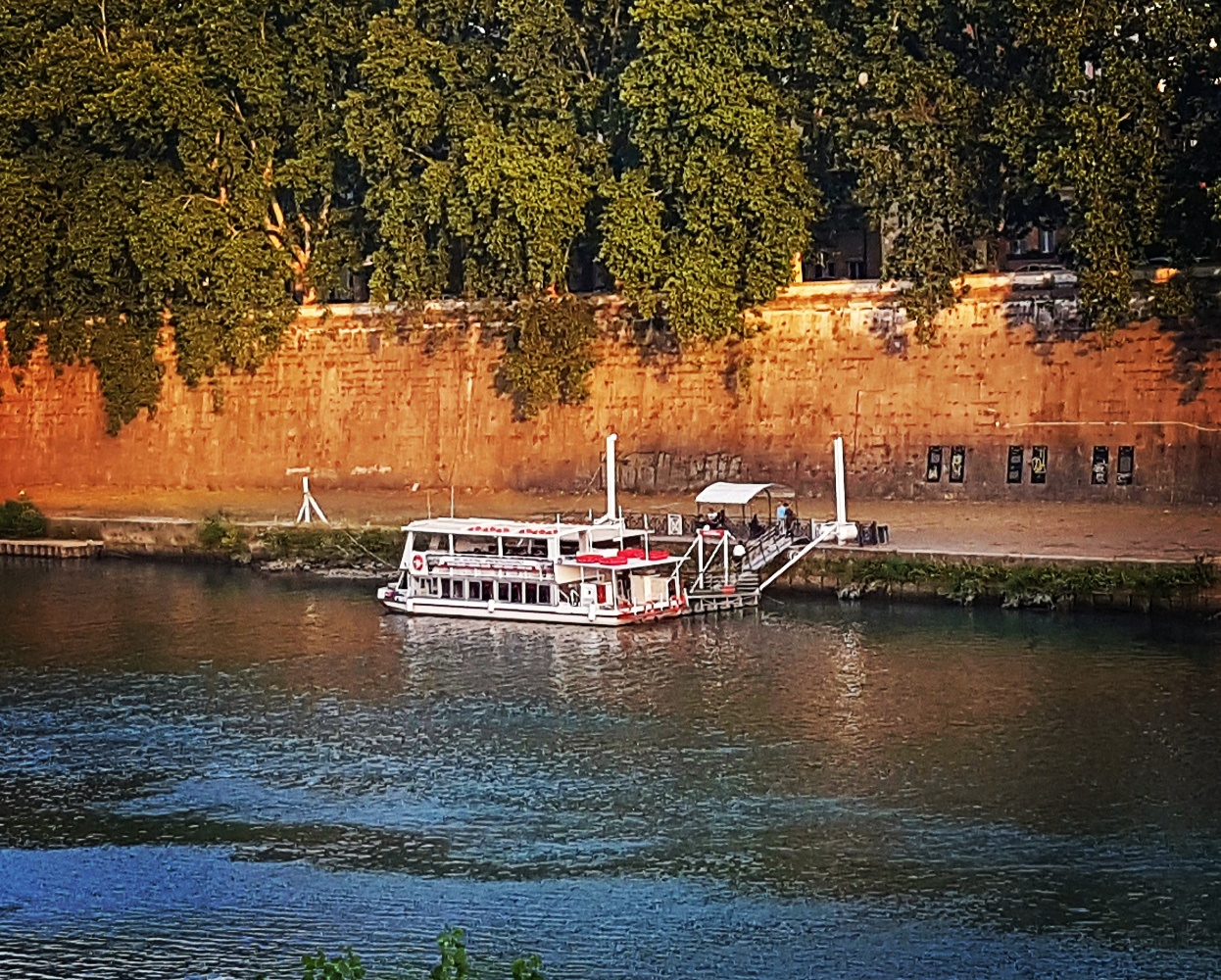 Passeio de barco pelo Rio Tevere em Roma - Blog Vou pra Roma