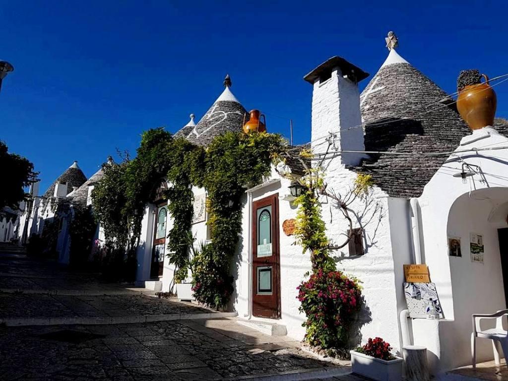 Alberobello - Trulli - Puglia - Blog Vou pra Roma