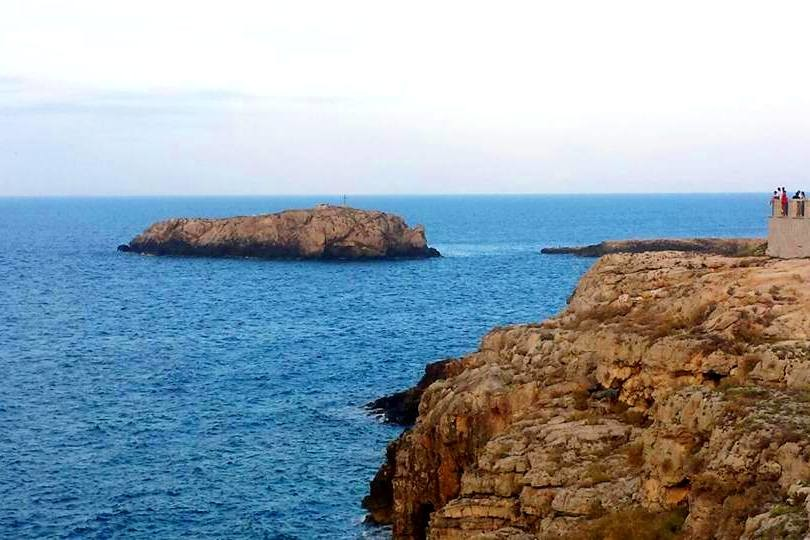 Polignano a Mare - Puglia - Scoglio dell'Eremita - Blog Vou pra Roma